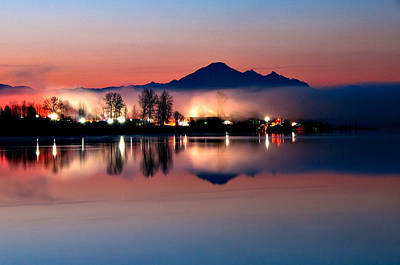 Morning Light And Fog Print by Detlef Klahm