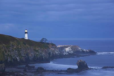 Morning Light Over Yaquina Head Print by Craig Tuttle