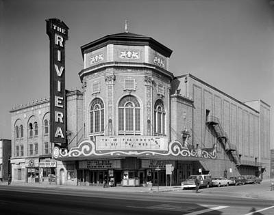 1970s Movies Photograph - Movie Theaters, The Grand Riviera by Everett