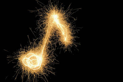 Musical Note Drawn With A Sparkler Print by Martin Diebel