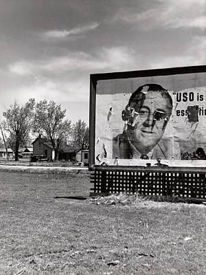 Uso Photograph - Nebraska, Billboard Promoting The Uso by Everett