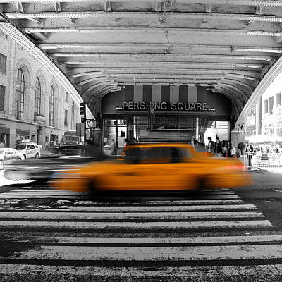 New York Taxi 1 Print by Andrew Fare