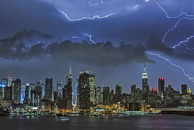 Lightning Photograph - Nyc All Charged Up by Susan Candelario