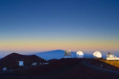 Mauna Kea Photograph - Observatories On Mauna Kea by David Nunuk
