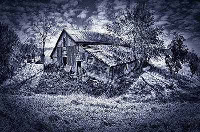 Duo Tone Photograph - Old Barn by Donald Schwartz