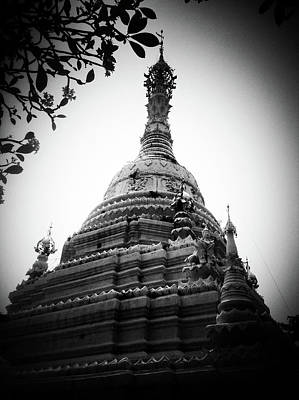 Old Chedi, Chiang Mai Print by Robsteerphotopgraphy