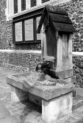 Stone Trough Photograph - Old English Water Pump Uxbridge Uk by Lynne Dymond