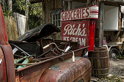 Shack Photograph - One Mans Treasure by Peter Chilelli
