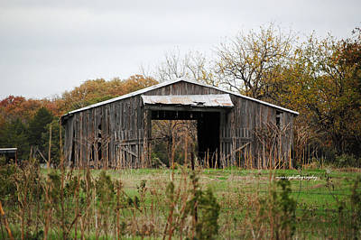 Old Barns Photograph - Open Barn by Lisa Moore