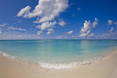 Perfect Beach Day With Blue Skies Print by Mike Theiss