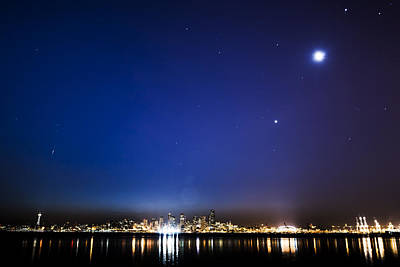 Perseid Meteor In Seattle Print by Yoshiki Nakamura