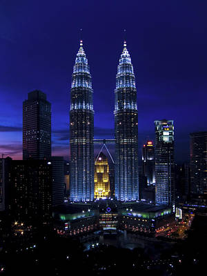 Nightlights Photograph - Petronas Towers In Kl Malaysia At Twilight. by Zoe Ferrie