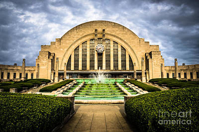 Ohio Photograph - Photo Of Cincinnati Museum Center  by Paul Velgos