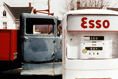 Esso Photograph - Pickup An Esso by Jan W Faul