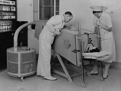 Polio Patient In An Iron Lung Print by Everett