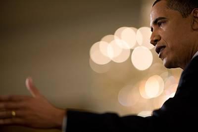 Press Conference Photograph - President Barack Obama Speaks by Everett