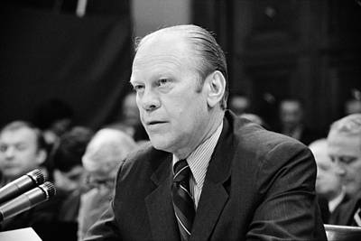 President Gerald Ford Appearing Print by Everett