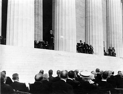 President Harding At The Dedication Print by Everett