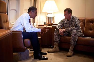 President Obama Meets With Army Gen Print by Everett