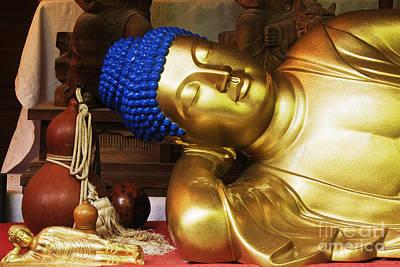 Reclining Buddha Statue Print by Jeremy Woodhouse