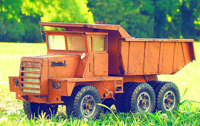 Photograph - Red Buddy L Toy Dump Truck by Susan Bordelon