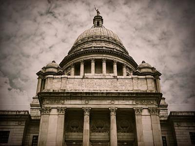 Cityhall Photograph - Rhode Island Capitol by Lourry Legarde