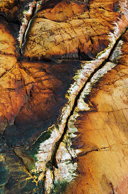 Rock Detail, Killarney Provincial Park Print by Mike Grandmailson