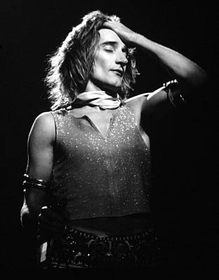 Singer Photograph - Rod Stewart 1973 by Chris Walter