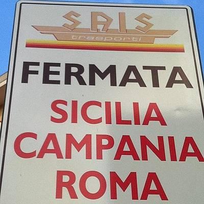 #rome Roma Vale Quanto Una Regione #bus Print by Francesca Ferrara