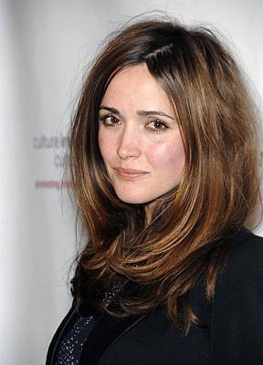 Rose Byrne At Arrivals For Us-ireland Print by Everett