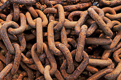 Restrained Photograph - Rusty Ships Chain by Garry Gay