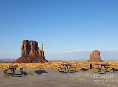 Sandstone Mesas Viewable From A Rest Area Print by Paul Edmondson