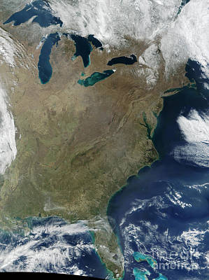 Landmass Photograph - Satellite View Of The Eastern United by Stocktrek Images