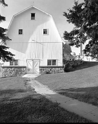 Saylesville Barn Original by Jan W Faul