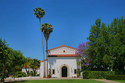 Claremont Photograph - Scripps College Grounds by Steven Ainsworth