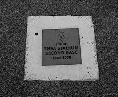 Stadium Scene Digital Art - Shea Stadium Second Base by Rob Hans