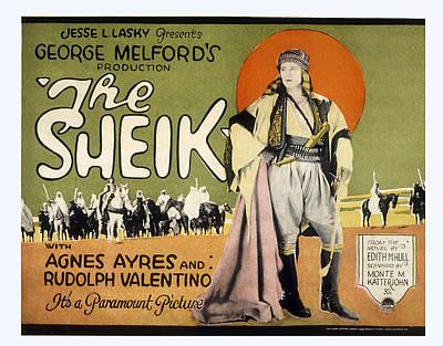Sheik, Rudolph Valentino, 1921 Print by Everett