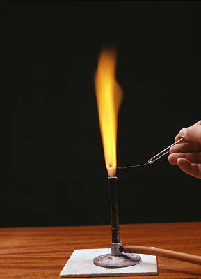 Sodium Flame Test Print by Andrew Lambert Photography