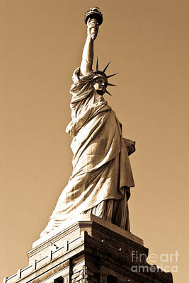Statue Of Liberty Print by Syed Aqueel