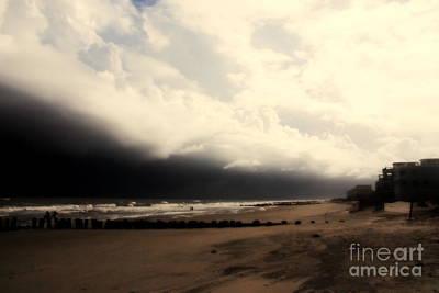 Stormy Beach At The Coast Of South Carolina Print by Susanne Van Hulst