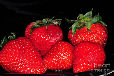 Juicy Strawberries Photograph - Strawberries by Paul Ward