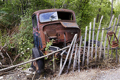 Broken Down Truck Photograph - Stripped by Peter Chilelli