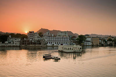 Sunset Over Pichola Lake In Udaipur. Print by Ania Blazejewska
