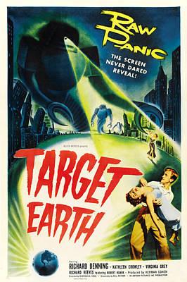 Target Earth, Bottom Right Richard Print by Everett