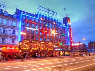 Hamburg Digital Art - Techy by Barry R Jones Jr