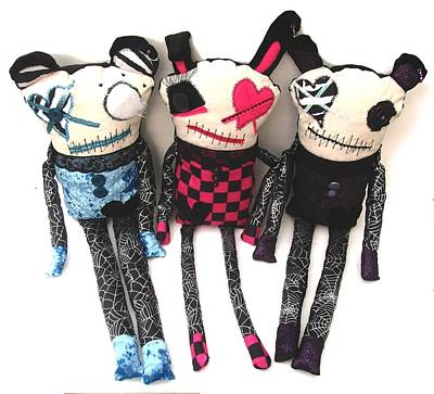 Oddling Sculpture - The Ax Trio by Oddball Art Co by Lizzy Love