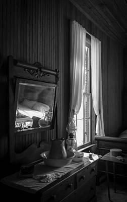 The Empty Bed Print by Lynn Palmer