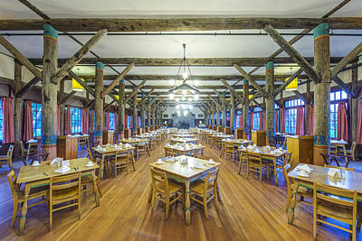 Tableware Photograph - The Lobby Of The Paradise Inn In Mount by Rob Tilley