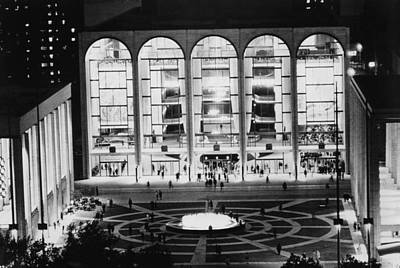 Lincoln Center Photograph - The Metropolitan Opera House, Lincoln by Everett