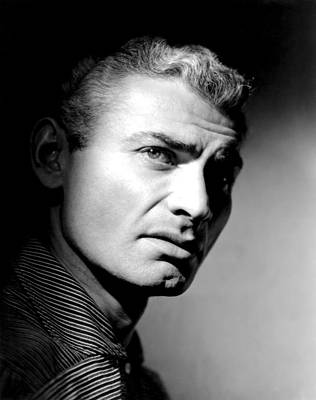 1950s Movies Photograph - The Spoilers, Jeff Chandler, 1955 by Everett